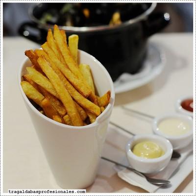 20-patatas-fritas-mejillones-@-atelier-belge_w