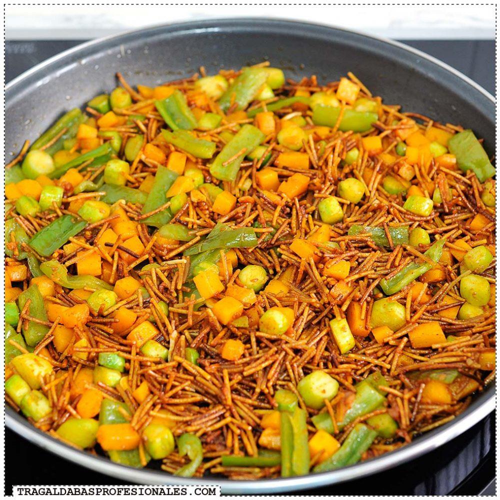 Tragaldabas Profesionales - Fideua verduras - Fideos verduras