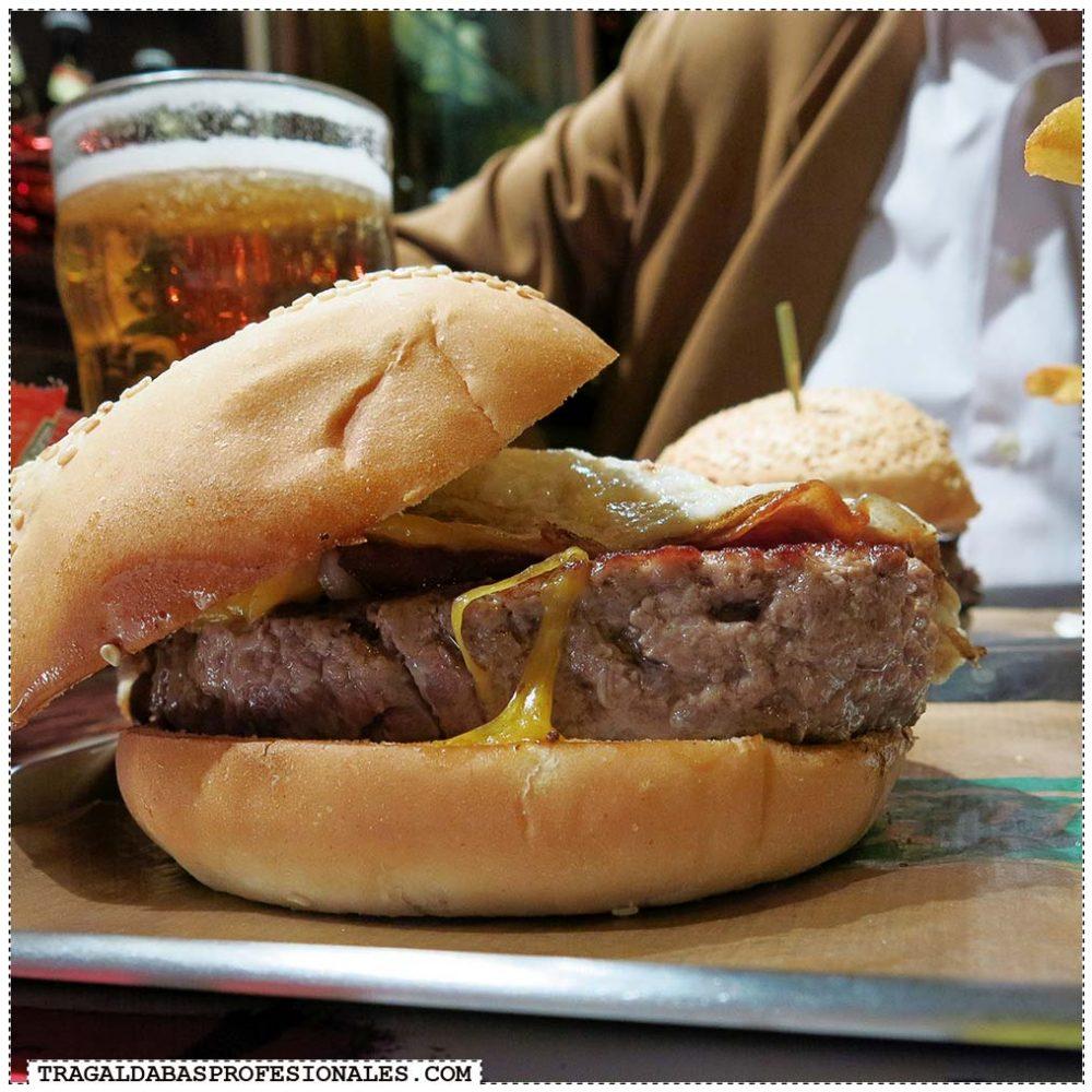 The Irish Rover - Bacon cheese burger