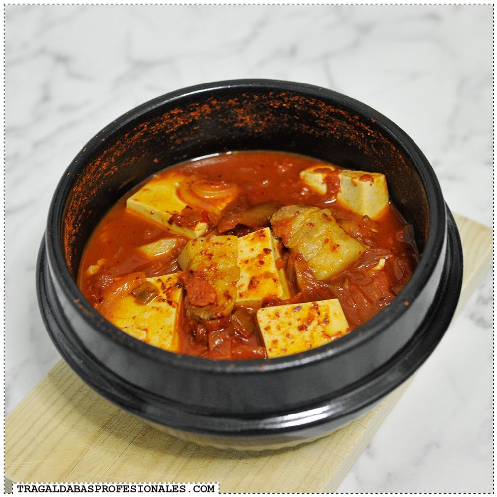 Tragaldabas Profesionales - Sopa coreana kimchi jjigae - Aceite sesamo