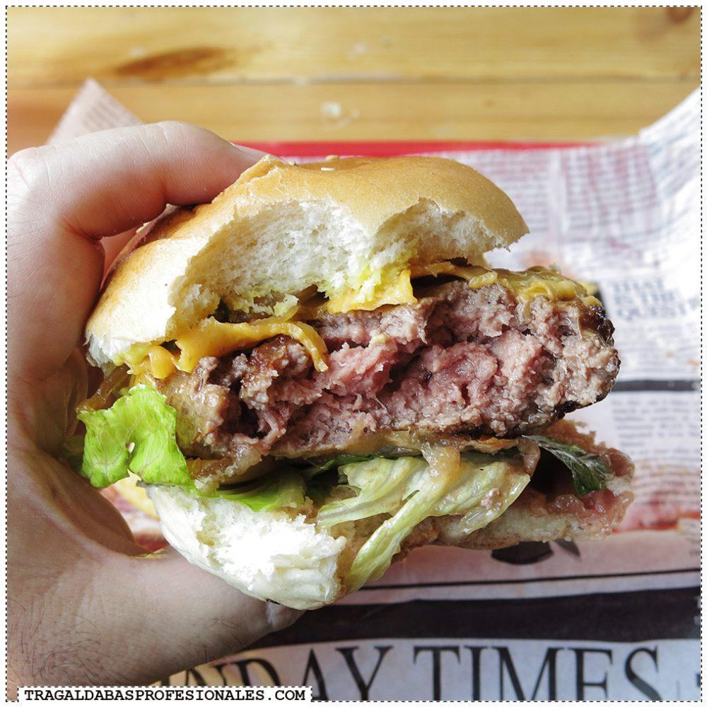 Hamburguesas en Madrid - Bacon cheese burger - Tragaldabas Profesionales - Restaurante Costelo Rio